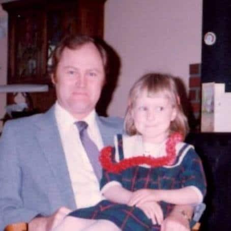 Elinzia's dad