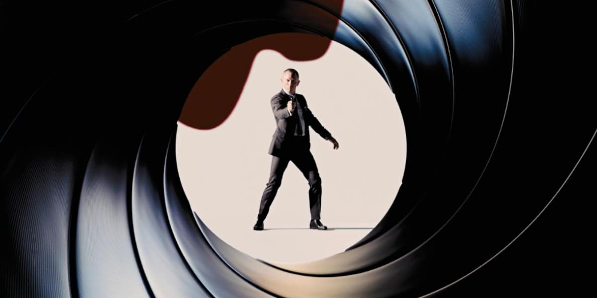 """10 Bond Movies To Watch Before """"NO TIME TO DIE""""!"""